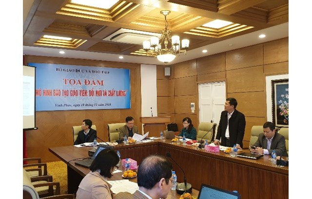 "Report by Prof. PhD. Thai Van Thanh - Vice President of Vinh University on ""Applying CDIO model in teacher training at Vinh University"""